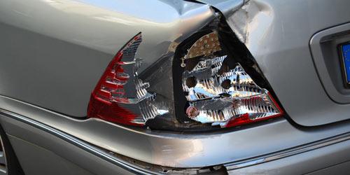 Auf Wunsch kommen wir zum Unfallort und besichtigen Ihr Fahrzeug vor Ort